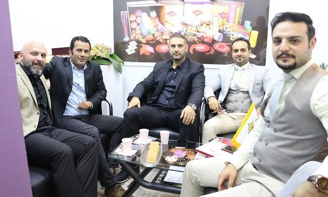 بازدید جناب آقای حسام منصوری از مديران شركت بادوك از غرفه شرکت ستاره ميزبان پارسیان