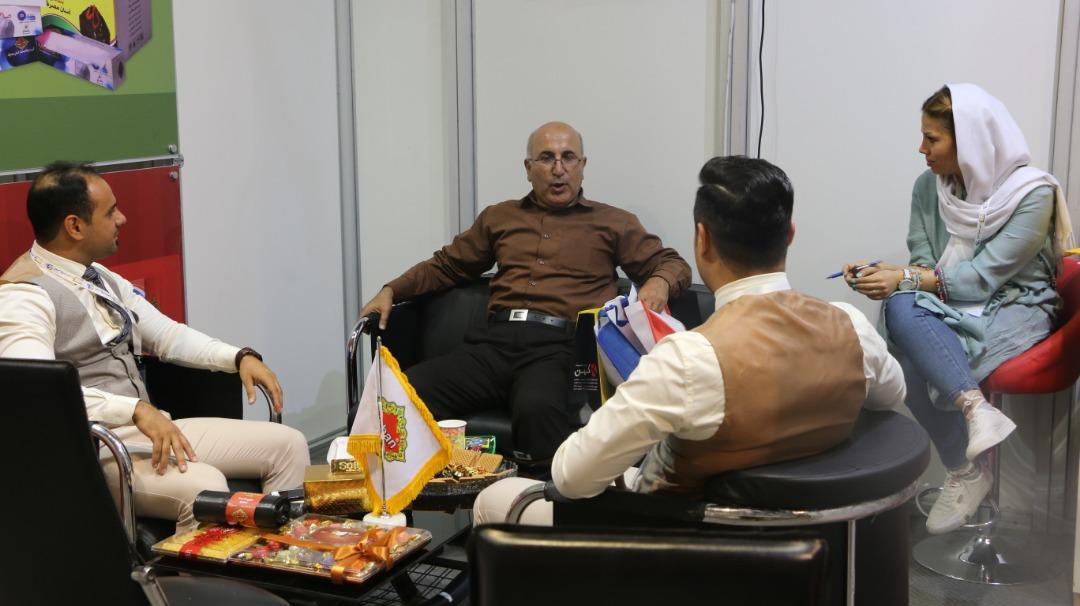 بازدید از غرفه شرکت ستاره میزبان پارسیان