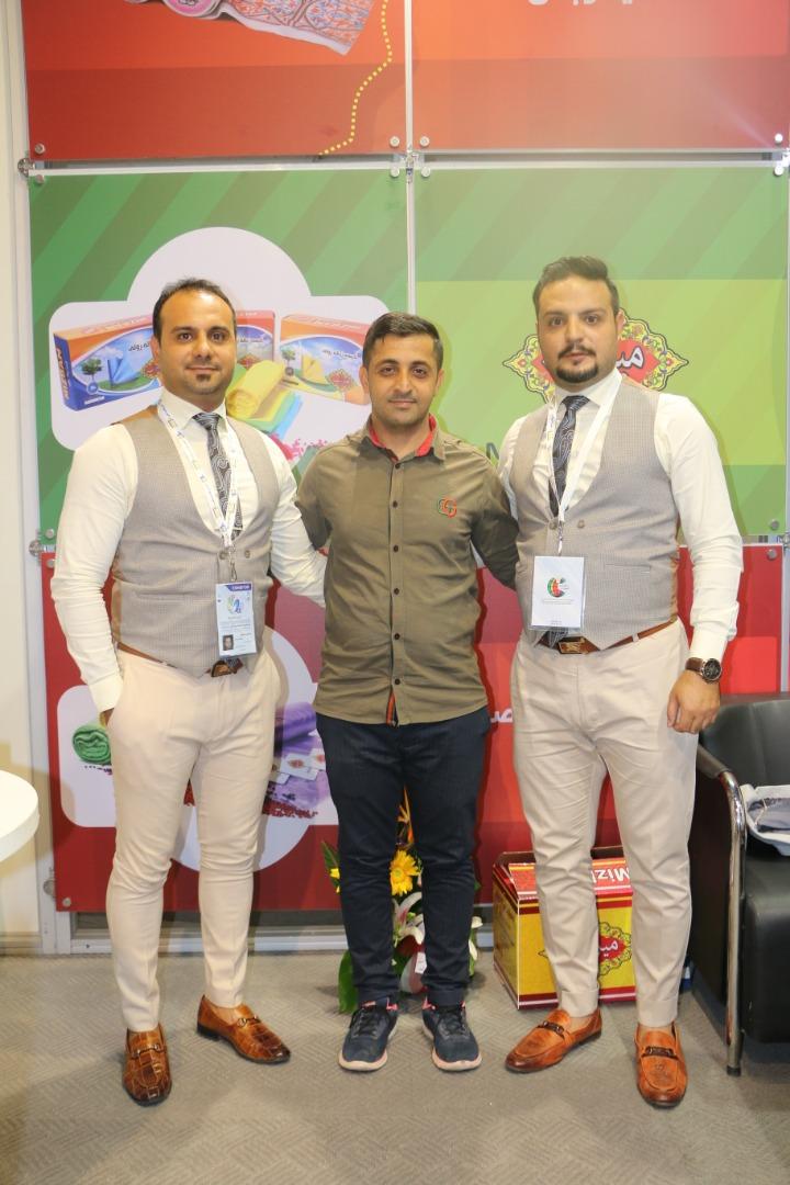 بازدید جناب آقای هاشمی نماینده  محترم پخش در استان هرمزگان از غرفه شرکت ستاره میزبان پارسیان